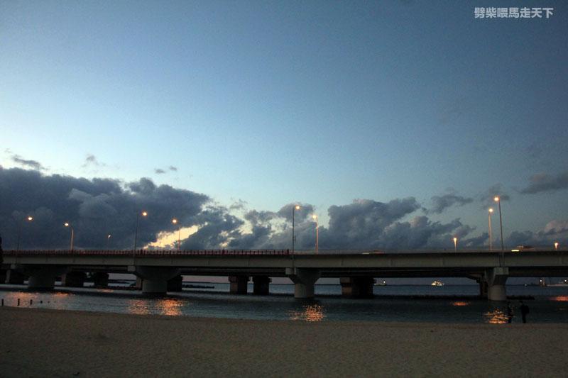 沖繩波上宮跨年波之上海灘