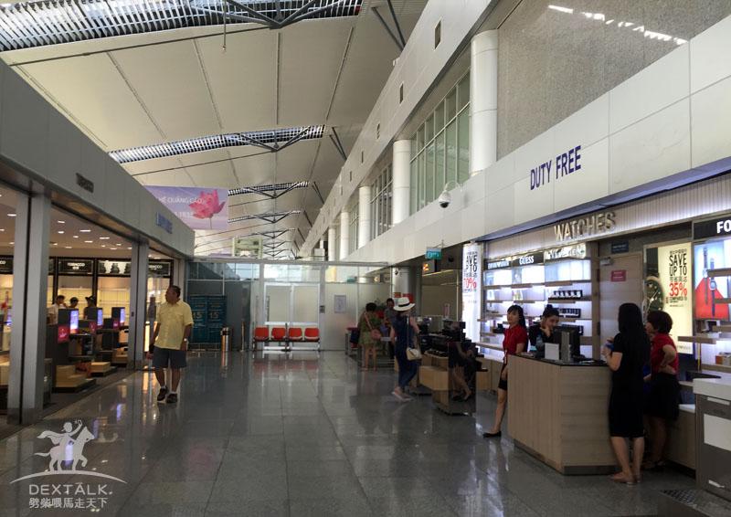 越南峴港機場很小